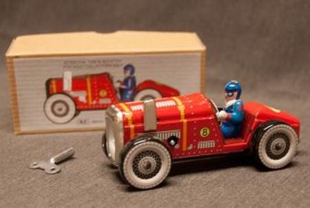 Old racer nr 8